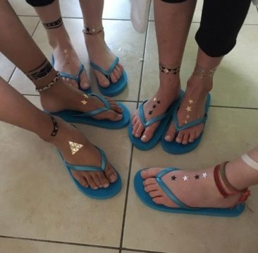 kids-pamper-parties-safety-beach-with-toe-nail-painting